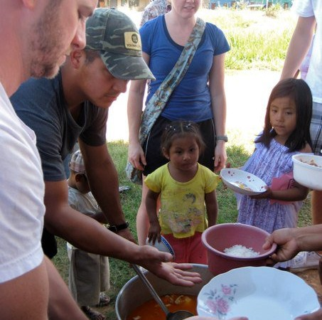 LifeChurch supports the Peru Feeding Program